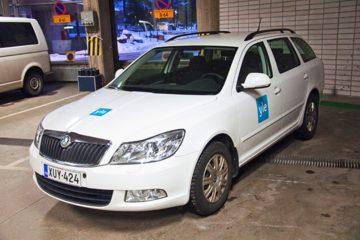 Autojen yliteippaus - Soome YLE konserni autode ülekleepimine firma värvidesse 3
