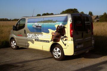 Digitaalitulostus - Sukeldumisklubi Barrakuuda bussi kiletamine trükitud kleebitega