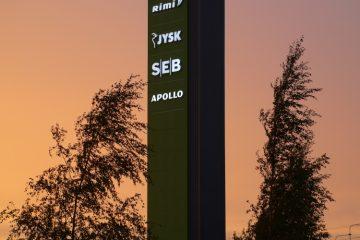 Valomainospylväät - Lasnamäe Centrumi reklaamtorn 13
